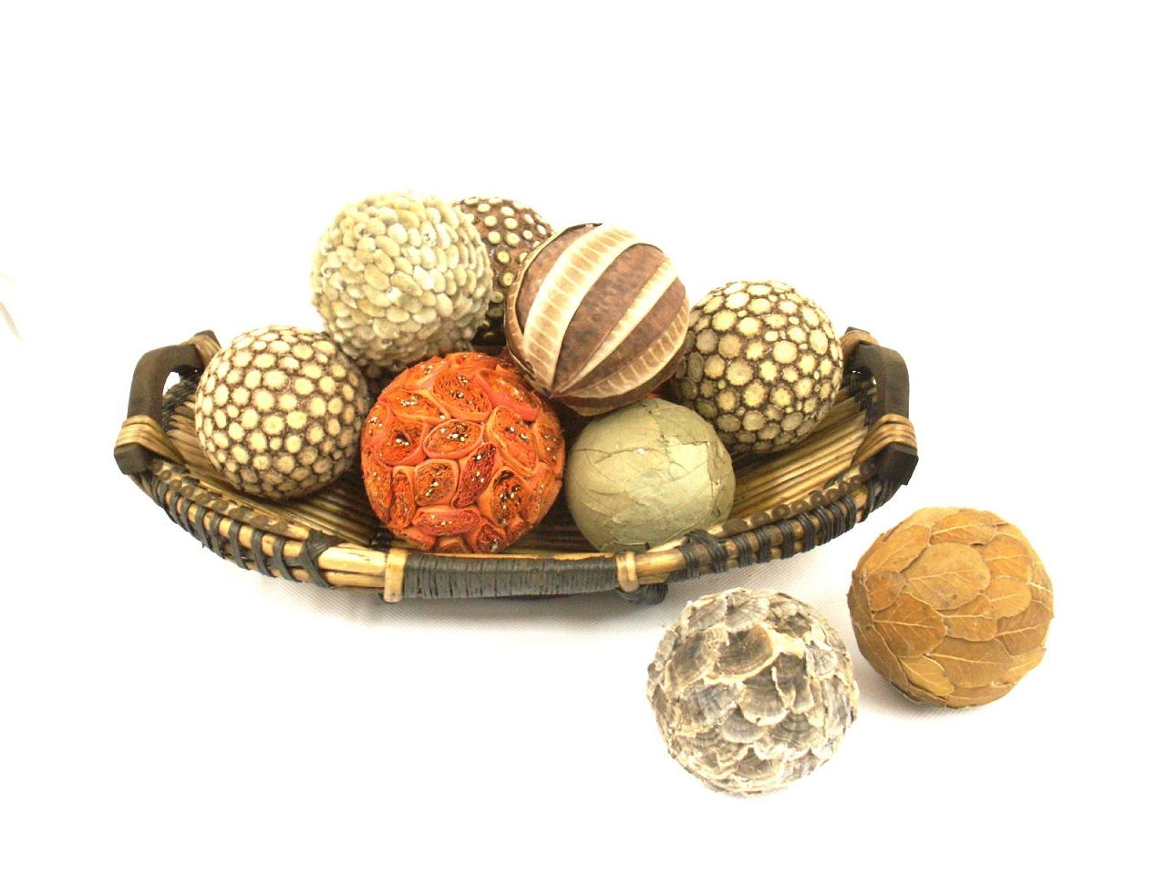 Natural decorative balls natural materials for Decorative items for home with waste material